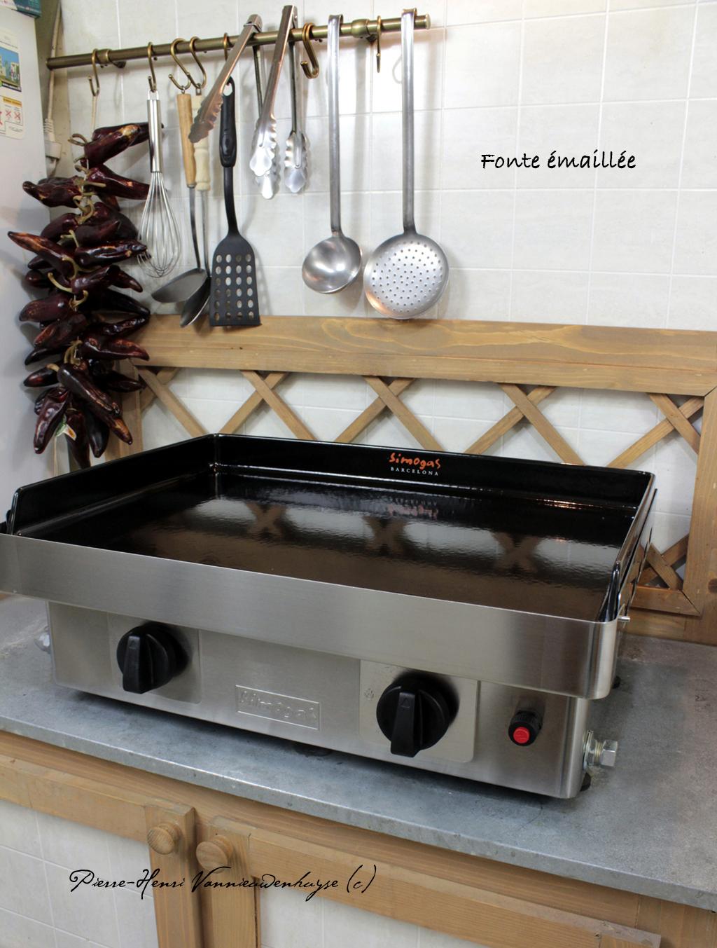 Nettoyer La Plancha En Fonte Émaillée nettoyage d'une plancha en fonte - recettes et cuisine à la