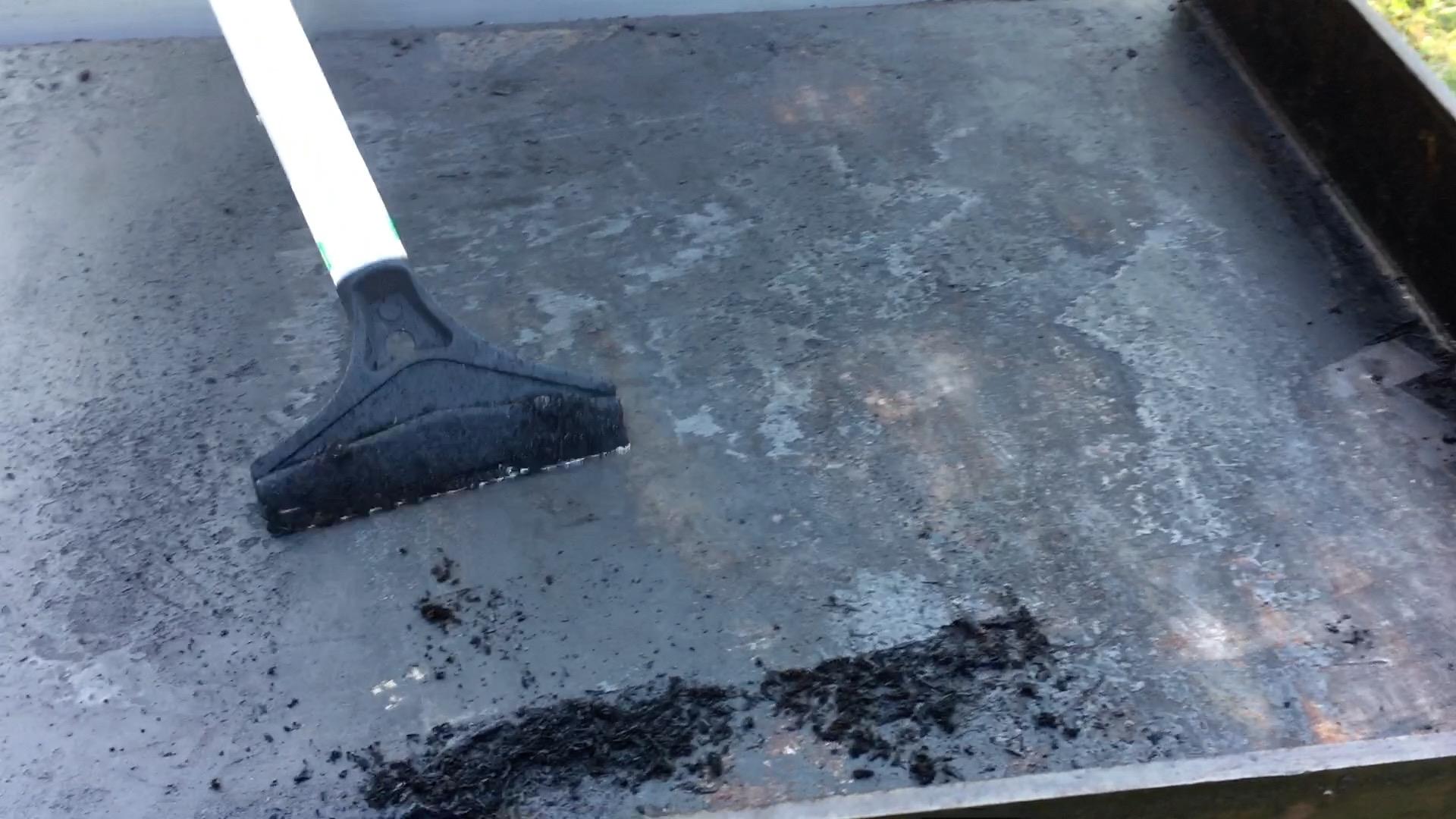Comment Récupérer Une Plancha Rouillée le revêtement de ma plancha en acier laminé s'en va